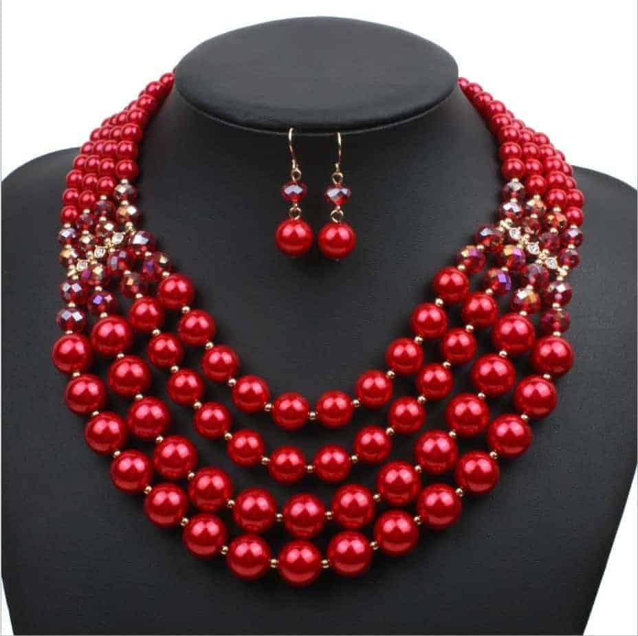 f7f447e71d7a Venta al por mayor de las mujeres de moda conjunto de 2 perlas de múltiples  capas y aretes de cristal collar conjunto